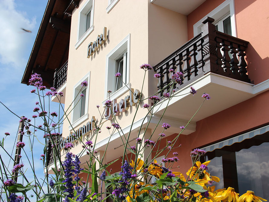 façade hôtel restaurant oberlé